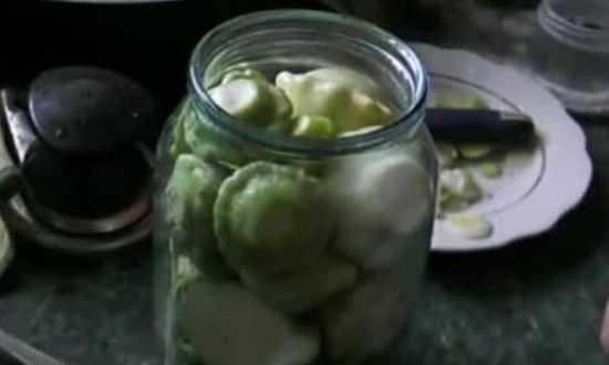 накладываем овощи