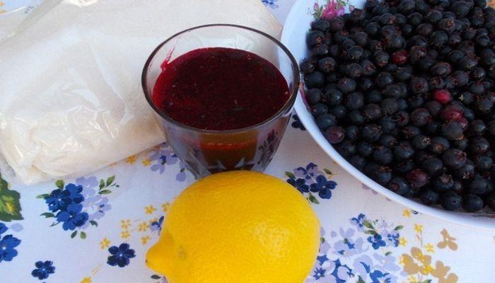 компот из ирги и лимона