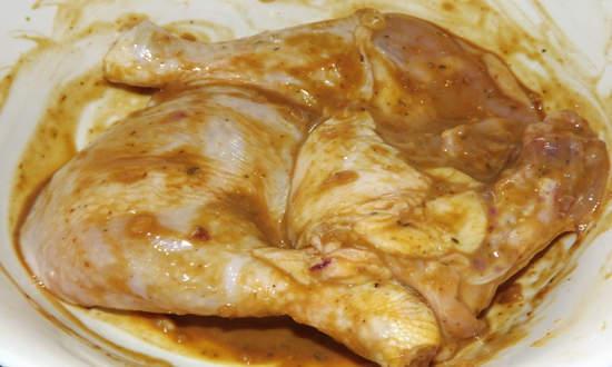 замачиваем курицу в маринаде