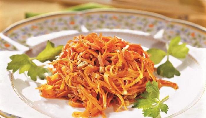 салат из моркови по-корейски на зиму готов