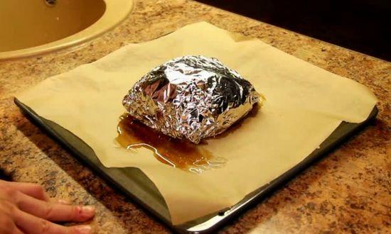 вынимаем мясо из духовки