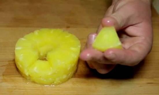измельчаем ананас