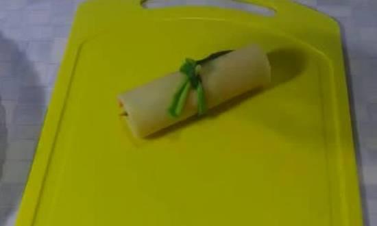 связываем перышком зеленого лука