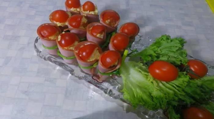 закуска ветчина с помидорами