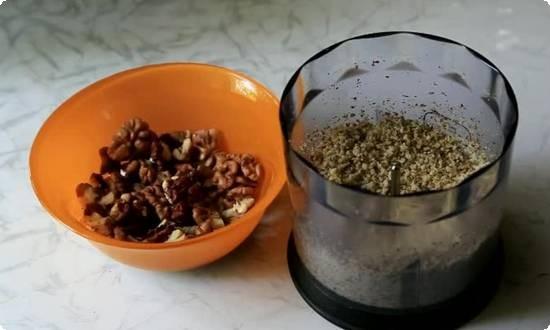 готовим ореховый соус