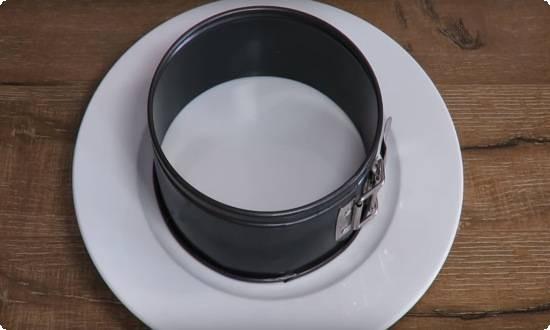 применяем кулинарное кольцо