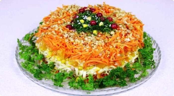 салат с мандаринами и морковью