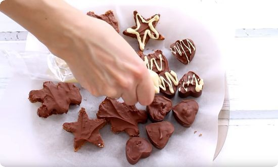 рисуем белым шоколадом