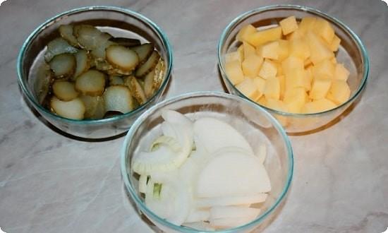 овощи нарезаем на кусочки