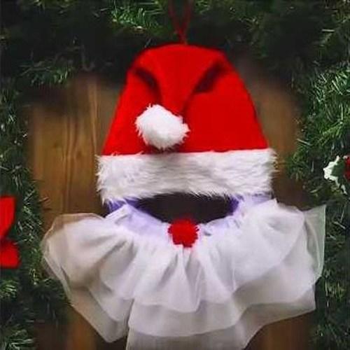 украшаем дверь изображением деда мороза