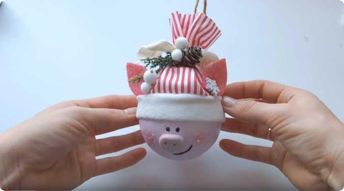свинка из шарика