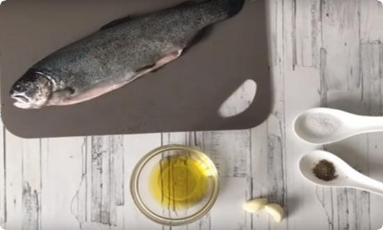чистим и промываем рыбу