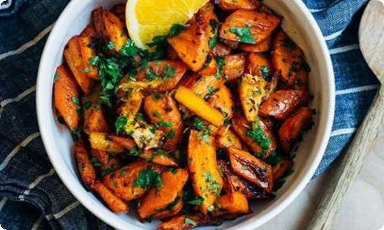 поджариваем морковку