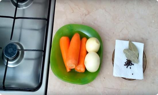 чистим и подготавливаем овощи