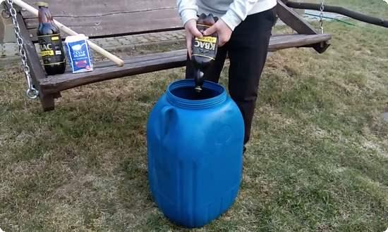 выливаем готовый квас в березовый сок
