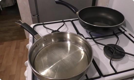 разогреем сковороду