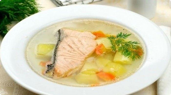 рыбный суп с красной рыбой