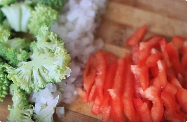 измельчаем овощи