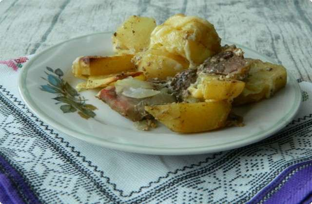 картошка со свининой запеченная в духовке