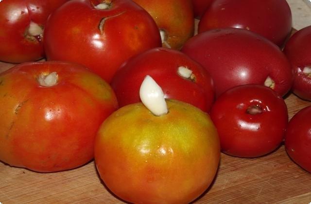 фаршируем помидоры