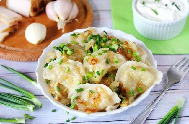 очень вкусные вареники с картошкой