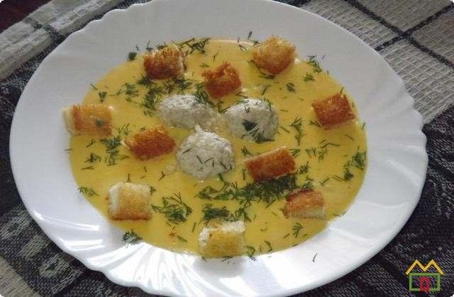 получился вкусный сырный суп